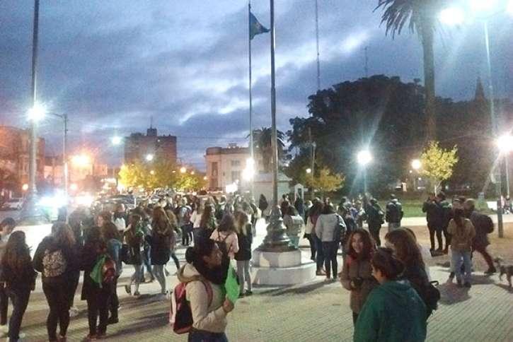 Marcha local a favor del aborto | Diario Tiempo Digital - 9 de Julio